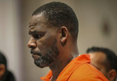 R Kelly facing new allegation that he had sexual contact with under-age boy he met at McDonald's