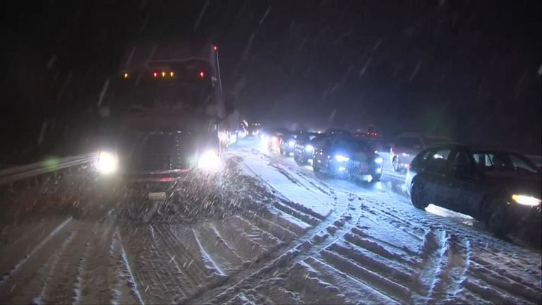 A winter storm hit the US disrupting travel plans for Americans who are trying to visit family and friends over the Thanksgiving holiday.
